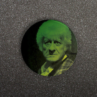 DOCTOR WHO - JON PERTWEE PORTRAIT - SMALL 25mm BUTTON PIN BADGE