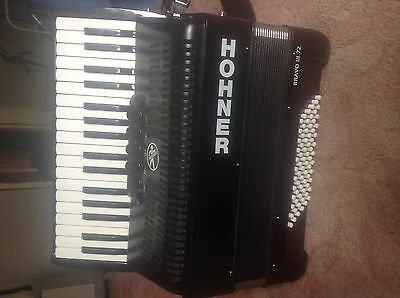 hohner bravo III accordion 72 bass student beginner 34 keys bag included