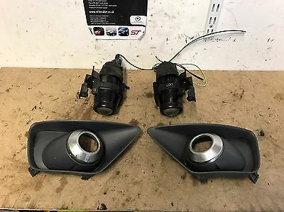 Genuine Ford Focus ST170 Pair Of Front Fog Lights, Covers - Used