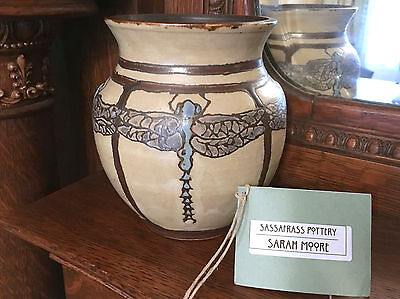 "Sassafrass Pottery by Sarah Moore ""Dancing Dragonflies"" Vase 2015 SEG Style"