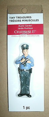 1/25 Scale Police Officer Figure - Patrolman Diorama Model Policeman Accessory
