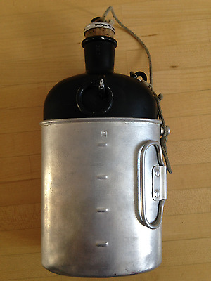Swiss Army Post WWII Canteen GB59 with cup GB59