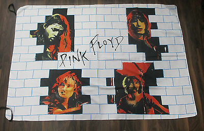 """Pink Floyd """"The Wall"""" Flag"""