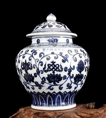 chinese ancient Blue and white porcelain sculpture flower  general tank