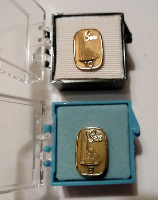 2 Gold Filled AWARD PINS SEARS ROEBUCK SEARS Tower Image 1970s 5 & 10 Year