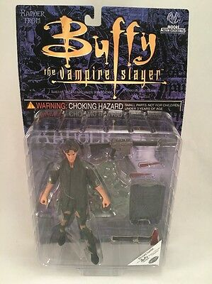 Buffy The Vampire Slayer Action Figure - Military Xander Moore