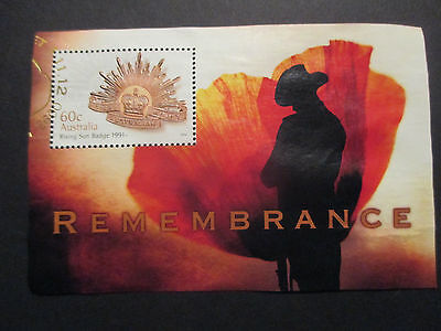 No--1--2012  REMEMBERANCE  DAY  ISSUED  MINI  SHEET  --GOLD  CANCELLATION --USED