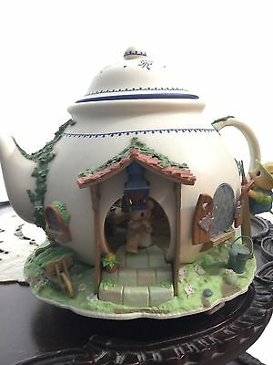 1989 Enesco Bungalow Teapot Illuminated Action Teapot Mouse Mice Missing Plug