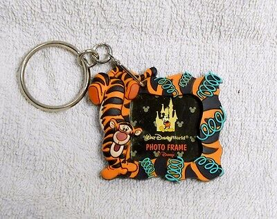 Walt Disney TIGGER KEY CHAIN PICTURE PHOTO FRAME New Winnie the Pooh