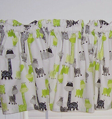 White w/ Green & Black Giraffes Baby Nursery Kids Room Curtain Valance New
