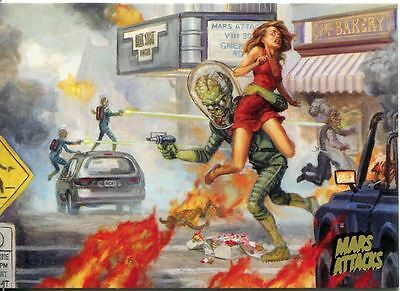 Mars Attacks Invasion Gold Stamped Parallel Base Card #23