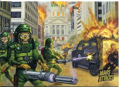 Mars Attacks Invasion Gold Stamped Parallel Base Card #9