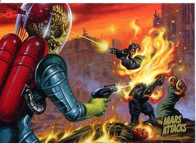 Mars Attacks Invasion Gold Stamped Parallel Base Card #14