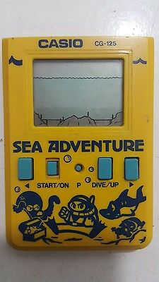 Vintage Casio Sea Adventure Handheld Game Cg-125 Battery Operated