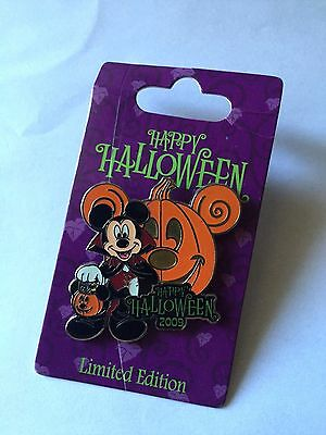 NEW DISNEY 2009 HAPPY HALLOWEEN Mickey Mouse Vampire Limited Edition Pin