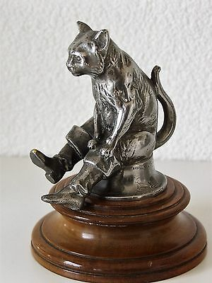 Very rare and hard to find Car Mascot Puss In Boots Nickel plated, Hansi Siercke