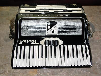 Stanelli Pixie 8 vintage Italian accordion 3/5 reed 16 pounds!