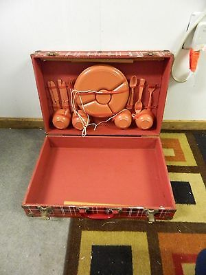 Vintage Regaline Portable Suitcase Fold Out Table Picnic Set with Dishware USA