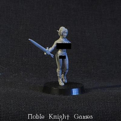 Brother Vinni Action Girl 28mm Female Elf Pack MINT
