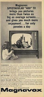 1962 Magnavox 400  PRINT AD Little girl watching T.V.Great detailed vintage ad