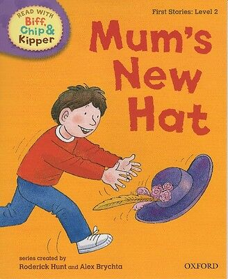 Read with Biff, Chip, and Kipper: Mum's New Hat, First Stories: Level 2