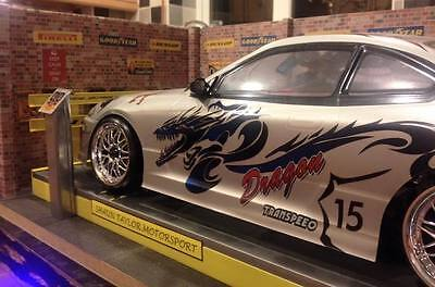 1/10 th  Scale rolling road for garage diorama r/c car