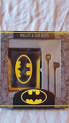 DC Comics Batman Wallet and Ear Buds Brand New Free Shipping!!