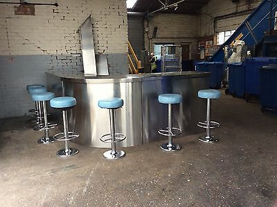Stainless Counter-Top Curved Bar and Stools