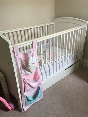 Baby Cot - Mamas & Papas Haxby plus Mattress