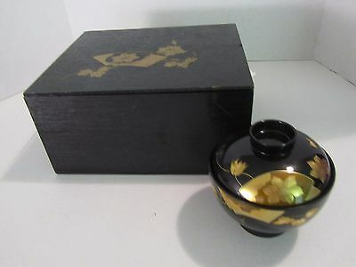 Vintage Japanese 5 Lacquerware Covered Bowls in Black Wood Box
