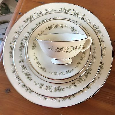 5 Piece Place Setting Lenox Brookdale,Dinner,Salad,Bread,Cup,Saucer