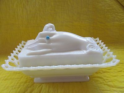 VTG Westmoreland  Milk Glass Covered Dish Hand w/Ring & Dove