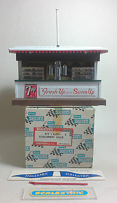 SCALEXTRIC Tri-ang Vintage 1960's Refreshment Kiosk/Cafe A228 (EXCELLENT BOXED)