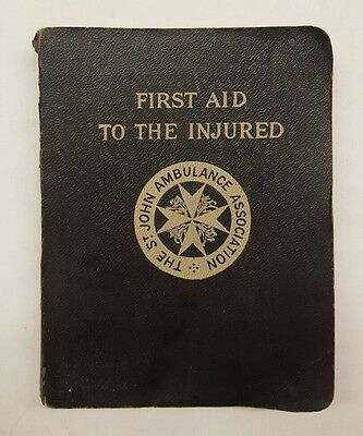Vintage first aid to the injured book 1942 (0)