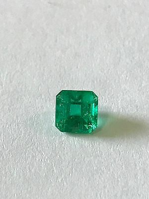 1.37 Ct, Fine Natural Colombian Emerald Loose Gemstone