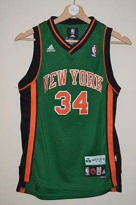 Adidas New York Knicks Green Basketball Shirt Curry 34 Medium Boys 10-12 Years