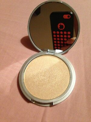 Highlighter / Enlumineur Mary Lou Manizer - The balm