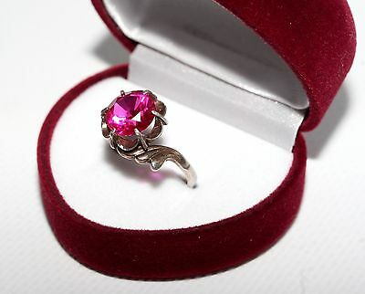 AMAZING BEAUTY Vintage USSR Silver Gold plated Ruby stone ring RARE