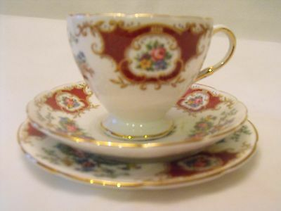 Pretty Vintage English China Foley Broadway Red Trio Cup Saucer Tea Plate 2652