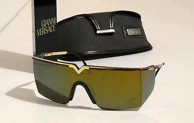 Gianni Versace Vintage Amber Sunglasses S90 Gold mirrored lenses Occhial +Case