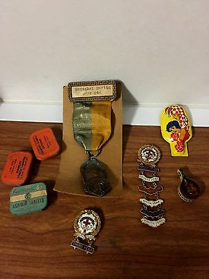 Mens Junk Drawer Lot WW 1 Medal Clicker Aspirin Tin Flint Tin Methodist Medals C