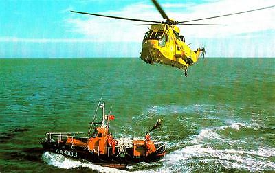 V92. Postcard. Helicopter and Waveney Class Self Righting Lifeboat.