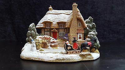 """Lilliput Lane 2004 Christmas Special Edition  """"Sleigh Bells"""", L2685"""