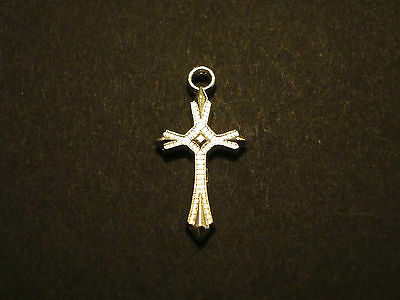 Lot Of 20 Pcs Pointed Cross Silver Plated Pendants Charms