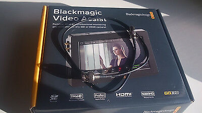 Blackmagic Video Assist 5 inch Full HD Touchscreen Monitor