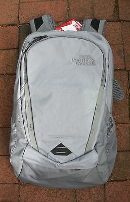 The North Face Vault Backpack -Daypack- Laptop Sleeve-#chj0- Mid Grey Dark H