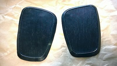 Honda 1961 Dream Touring 305 CA77 gas fuel tank knee grips pads OEMH22056 HN