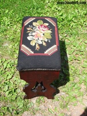 Antique Victorian Needlepoint Eastlake Slipper Bench Sewing Stool Footstool Open
