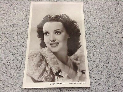 Picturegoers Postcard - Linda Darnell - Series 85 - Card no 1354 - unused