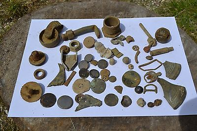 Metal detector finds lot . Medieval and modern relics